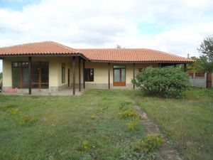 House with 2 bedrooms and 2 bathrooms near Sea and Golf