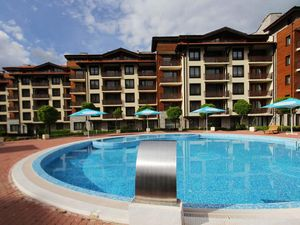 Spacious apartment with 3 bedrooms, 2 bathrooms in Bansko