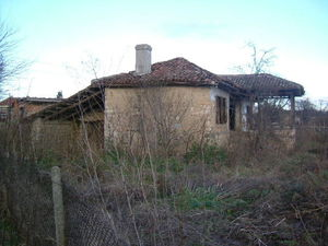 An old rural house with plot of land situated 30 km from sea