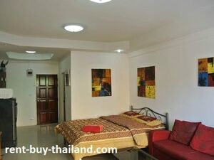 Property for rent Pratumnak budget studio on offer Thailand