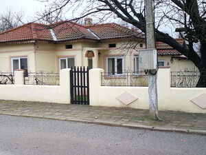 2 BED fully refurbished house, 30 km to the sea coast
