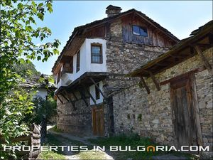 Charming old stone-built house in beautiful mountain village