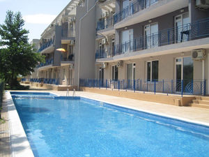 Pool view 1-bedroom apartment in Sunny Day 4, Sunny Beach