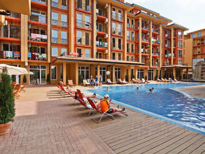 Cosy furnished studio in Sunny Beach 400m from the beach