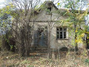 Old rural house with spacious garden located in big village