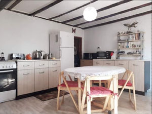 Renovated and furnished house 20 min to the sea