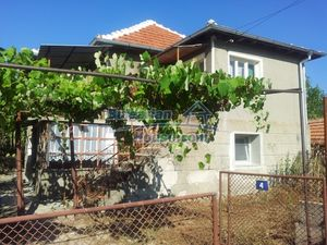 Partially renovated two storey Bulgarian house near Elhovo