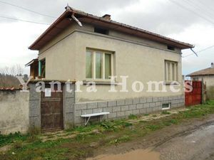 Renovated house for sale in the village of Lozen