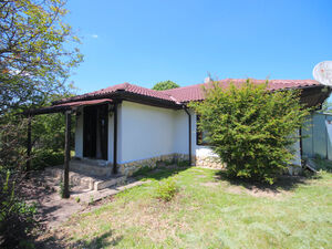 Bargain!!! Fully renovated cottage near the sea