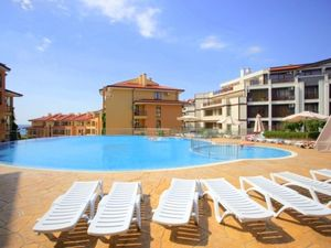 Top floor panoramic studio, 42 sq.m., St. Vlas, near the sea