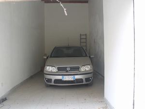 Garage in Sicily - Ingravidi Via Salerno