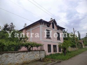 Nice house for sale in the popular village of Vishovgrad