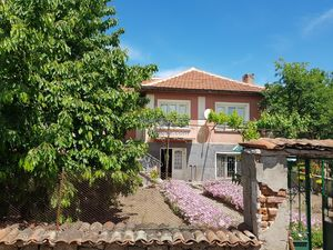 House in very good condition with big garden