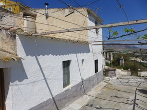 Cave house ready to move into only 21,950 € JLBZ106