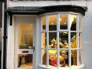 Lovely Retail Space on Honiton High Street