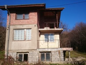 House near to the capital - Sofia in the village of Dramsha.