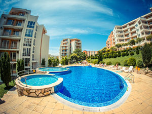 Furnished 1-bedroom apartment in Crown Fort Club, Saint Vlas