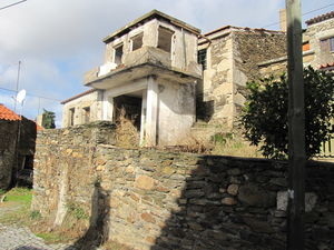Village house partially restored - Meimoa €14,000 ref:18/320