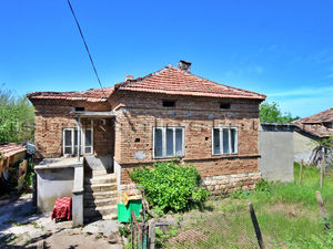 SOLD!!! Cheap house in hilly area 10 miles from Dobrich town