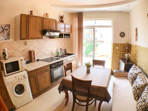 Cozy furnished 1-bedroom apartment in Sveti Vlas
