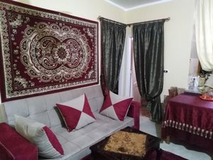 Fully furnished 1 bed in Hadaba