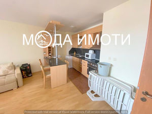 One bedroom apartment in a luxury complex on the first line