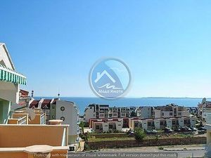 Furnished two-bedroom apartment with sea and forest views i