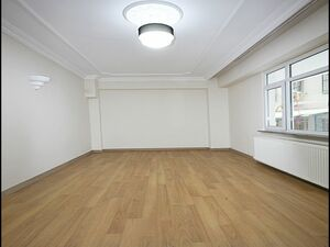 NOW IN ISTANBUL AWESOME HOUSE WITH AWESOME PRICE CHECK NOW!