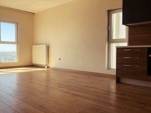 2+1 25th floor in complex with swiming pool full facilities