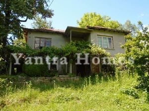 Nice house located at the heart of the Tryavna Balkan