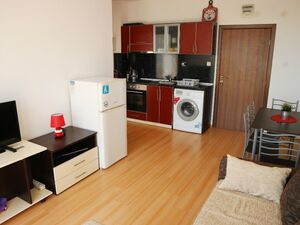 Bright 1 BED apartment near Sunny Beach fully furnished