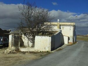 Semi detached country property with land. MKTFHJ02