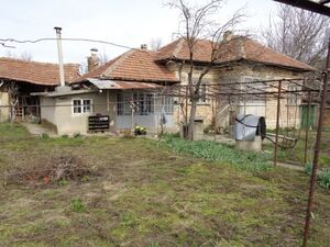 Cozy 2-Bedroom rural house near Polski Trambesh