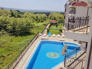 POОL view Studio in Byala, 250 m from the Beach