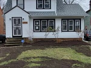 3 bedroom 2 bath Home, fully remodeled and move in ready!