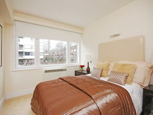 A FULLY FURNISHED ONE BEDROOM FLAT LOCATED IN CENTRAL LONDON