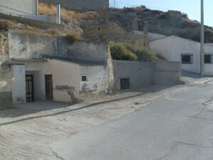 Cave house for modernisation JLCCCT1