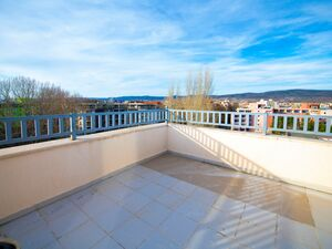 Top floor studio apartment, 66 sq.m. with large open terrace