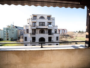 Apartment with 1 bedroom and pool view for sale in Amara