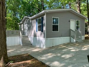 Lovely 3 Bedroom 2 Bath with all major appliances