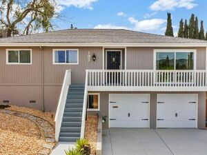 Beautiful 4 bed 2 baths home for rent in Mare Island
