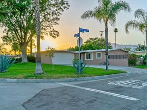 Beautiful 1 bed 1 bath house for rent in Azusa