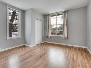 Crisp 3 bed 2 bath house for rent in Minneapolis