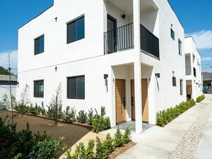 Totally New 3 bedrooms 2 baths home for rent in Los Angeles