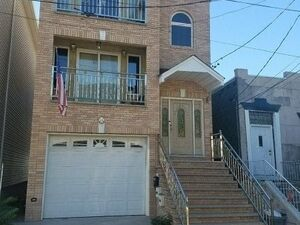 New 3 bed 2 bath family home for rent in Jersey City