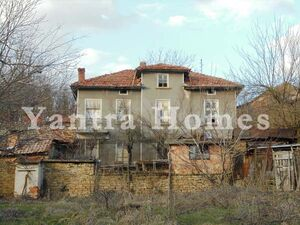Huge two story house in the mountain village of Denchevtsi