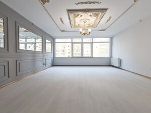 SPACIOUS  FLAT FOR SALE INSIDE COMPOUND SOCKING PRICE