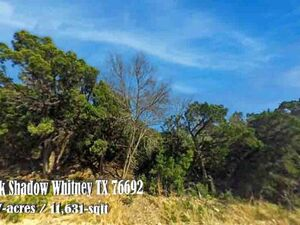 Vacant lot in the exclusive White Bluff subdivision