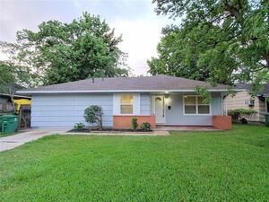 Beautiful 3 beds 1 bath house for rent in Houston