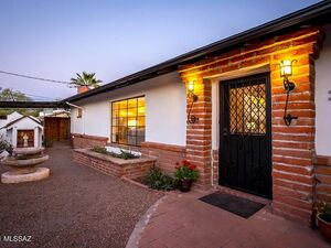 Beautiful 3 beds 2 baths house for rent in Tucson